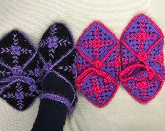 Women booties, Sugar pink-purple and  black-purple booties, booties, womens slippers, Hand knit Turkish Slippers, Gift ideas For women
