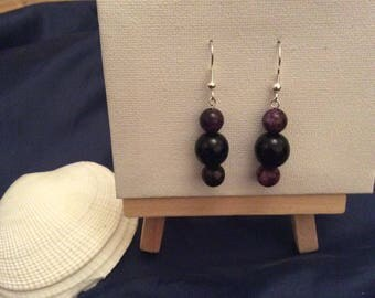 Onyx and amethyst coloured drop earrings