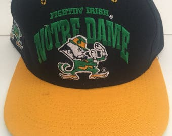 Vintage 90s Nutmeg Mills Notre Dame Fighting Irish Snapback Hat