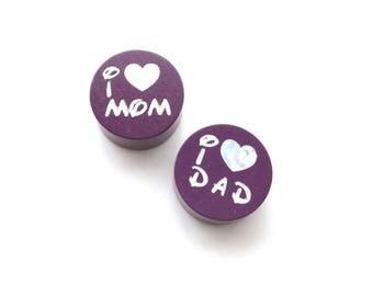 I Love Mom, I Love Dad Glitter plum wooden beads