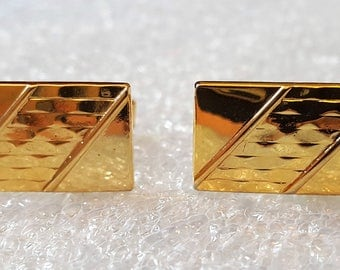 Vintage Gold tone Made in USA Mens Cuff Link Set