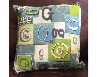 Shabby Look Initial G Throw Pillow