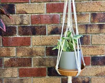 Hanging basket shelf//macrame//cotton//eclectic//interior design//handmade//home decor//plants//candles//boho
