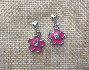 Silver dangle pink flower earrings with rhinestone in the center for little girls on heart earring posts
