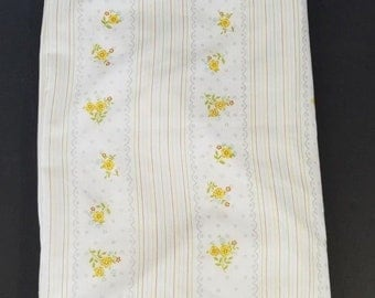 Vintage Thomaston New Era White Yellow Brown Twin Flat Sheet Fabric Sewing Craft