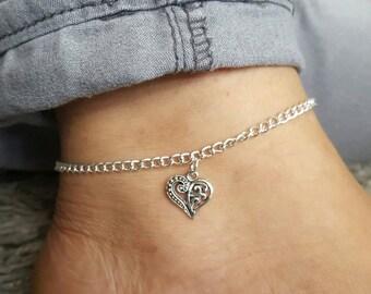 Heart anklet, silver heart anklet, heart charm jewellery, beach anklet, boho anklet, barefoot anklet, festival anklet, anklet for women