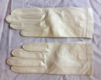 Vintage leather gloves like new!