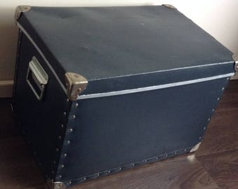 Trunk / Storage box / Crate / Heavy duty storage/ Industrial storage / Trunk with removable lid
