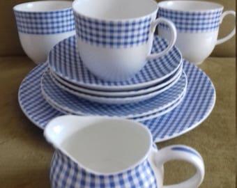 Vintage Royal Crown Duchy fine bone china part tea set