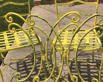 Wrought iron farmhouse Bistro set (3pcs)