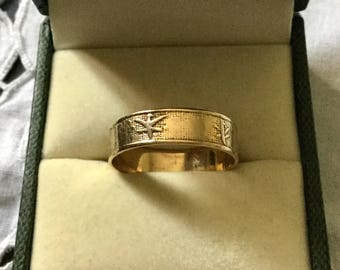 ANTIQUE CHINESE GOLD - Ring 9 K solid Gold - Very original-Beautiful Large Gold Ring