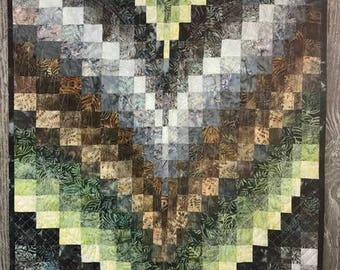 Grove Bargello Quilted Wall Hanging