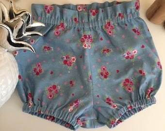 Cute vintage ruffled in chambray blue floral bloomer