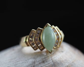 Retro Jade Ring