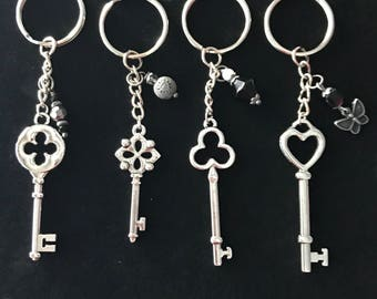 Old fashion key chain set (4)
