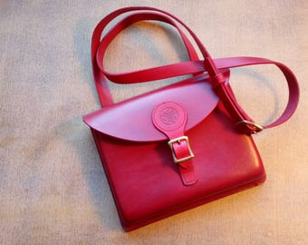 leather craft, hand bag, leather bag, leather hand bag, wet formed leather, red bag, hand made leather bag, hand stitched leather bag