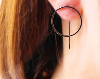 Metal Circle Black Earring