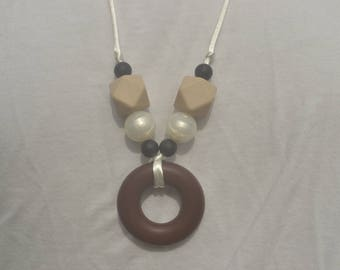 Silicone teething necklace - neutral colors