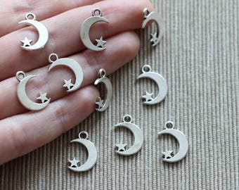 Crescent moon & star - Antique silver - 15 x 12 mm - 4 for 1.6USD