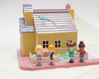 Polly pocket vintage, school house, polly pocket, vintage toy, 90s toy, polly pocket school house