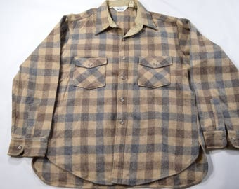 VINTAGE Woolrich Brown Tan Plaid Wool Flannel Board Shirt XL 80s Made In USA