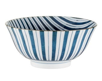 Each bowl line of Japanese porcelain, tableware, gift, kitchen