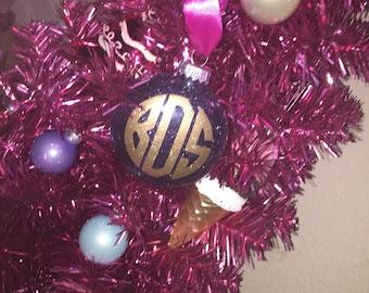 Christmas  Monogram Ornament Glitter plastic: Personalized Ornaments