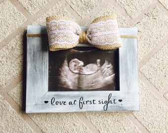 Love at first sight Pregnancy announcement frame