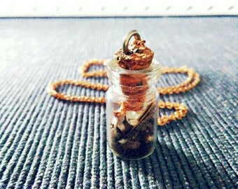 Witches glass as necklaces and pendants (protective spells, love spells, spells for depression etc.)