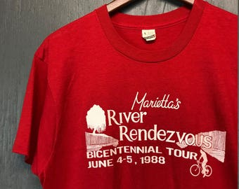 M vintage 80s 1988 River Rendezvous Ohio cycling screen stars t shirt