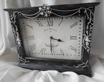 Clock Baroque wooden clock, clock to put on a table, rectangular shape