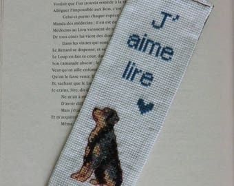 Rottweiler - dog - heart bookmark - I love reading - hand - embroidered back cotton fabric - 7cm X 19 cm - unique - handmade