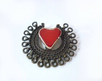 Red tribal heart brooch Red