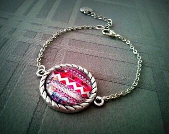 Bracelet Aztec cabochon glass 20mm, Aztec, antique silver metal