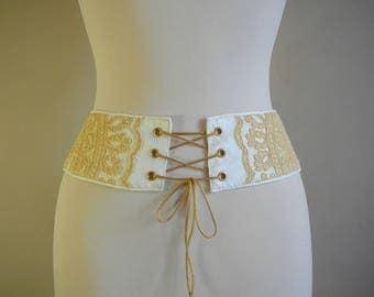 Fantasy style corset, ecru and yellow vanilla lace belt.