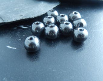 10 pearls 8mm hematite