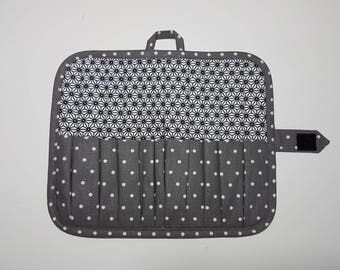 """Bag, case """"Graphic"""" makeup, brushes and pencils, 10 compartments of various sizes of storage."""