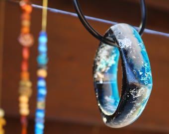 Beautiful multi-toned resin bangle