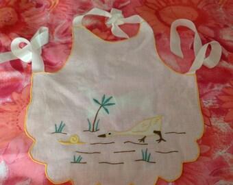 Vintage white bib, embroidered color