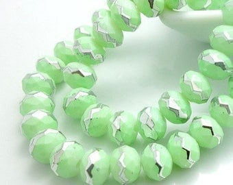 Stunning! 20 beads Crystal mint and Silver metallic effect, electroplates faceted 8mm