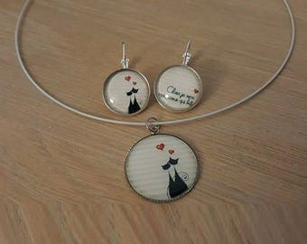 """""""Love cats"""" set in silver cabochon"""
