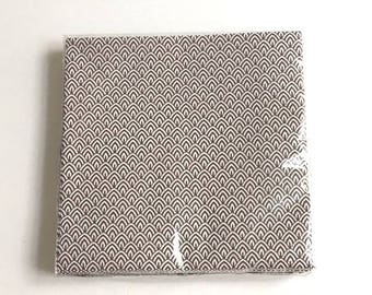 Pack of pattern paper napkins