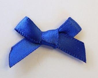 25 x 7mm Satin ribbon bow: Blue - 02360