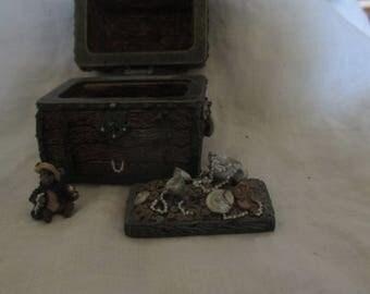 Boyd's Bears Treasure box