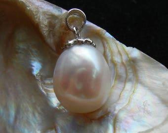 Pendant Unique Baroque shape fresh water cultured pearl