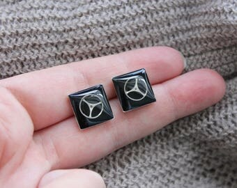 Square earrings 1.4 cm, metal, resin and watch parts Steampunk
