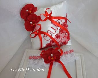 Duo pillow and garter in red & white with orchids