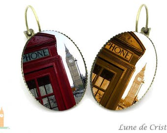 London in sepia: God save the Queen Collection earrings