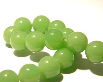 6 jade beads 10 mm - round bead - gem stone - seagreen - F161 - translucent
