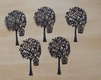 5 cuts black trees for your scrapbooking creations.
